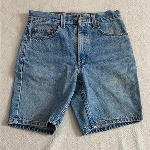 Vintage Levi Regular Fit Shorts 28